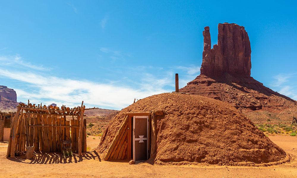 Monument Valley hogan